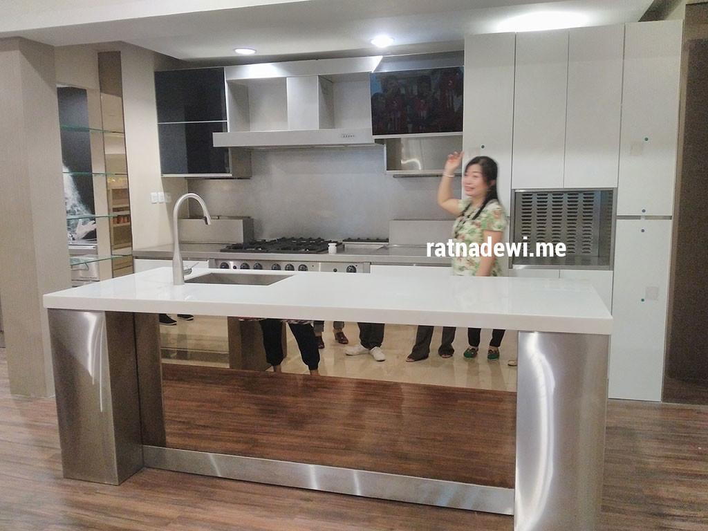 contoh kitchen set yang ada di Gourmet House