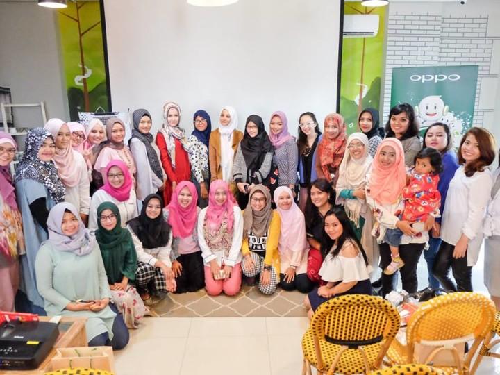 ngobcan oppo dan blogger perempuan