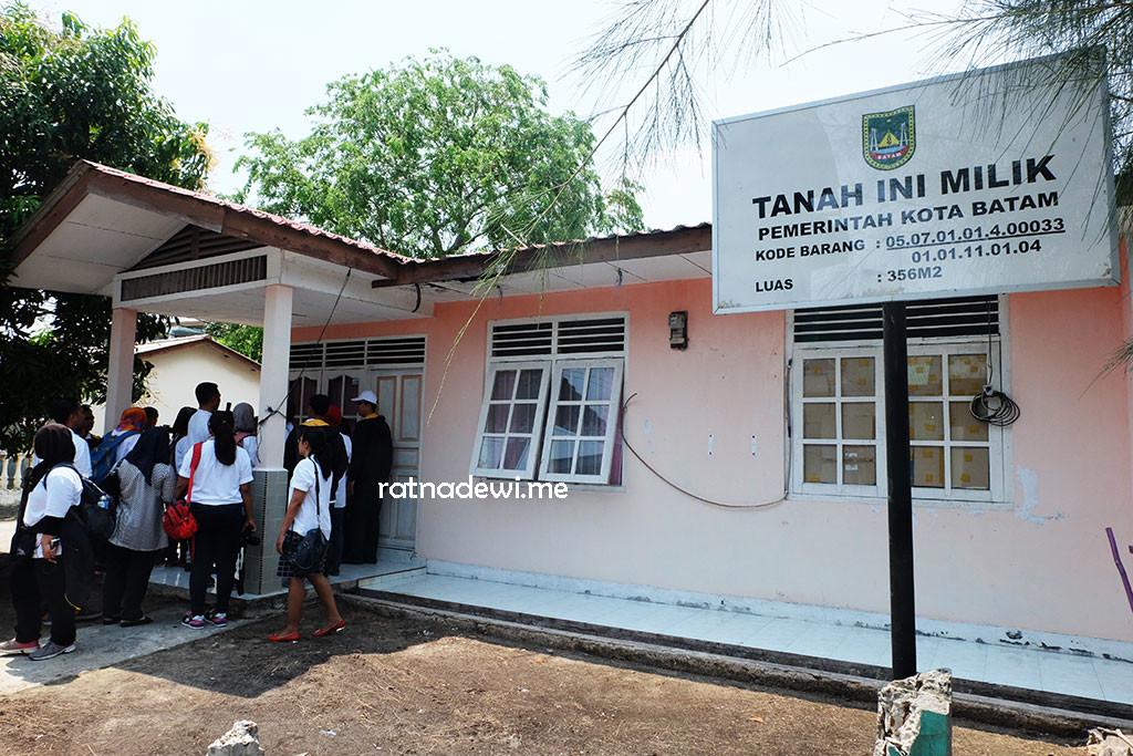 rumah tinggal Tim Nusantara Sehat Belakang Padang