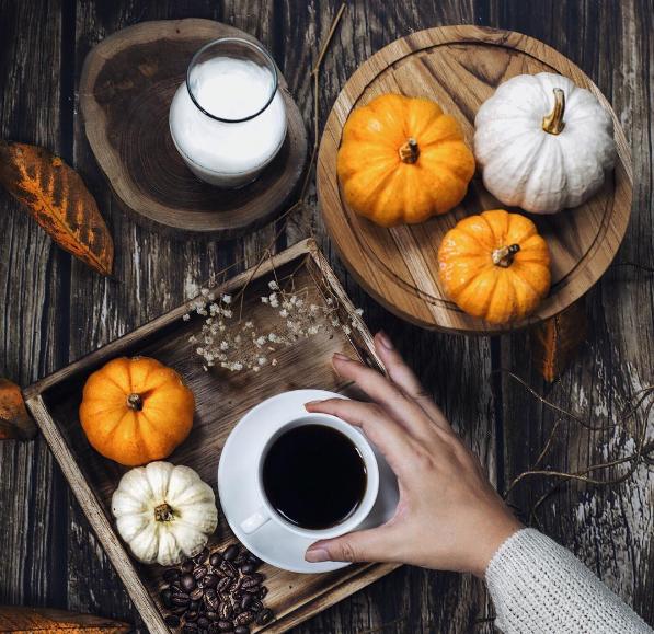 salah satu foto karya Marisa Djemat bertema halloween (Source from instagram @mde_206)