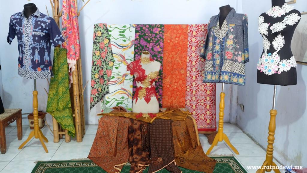Batik Purworejo yang dipamerkan di Kantor Dekranasda