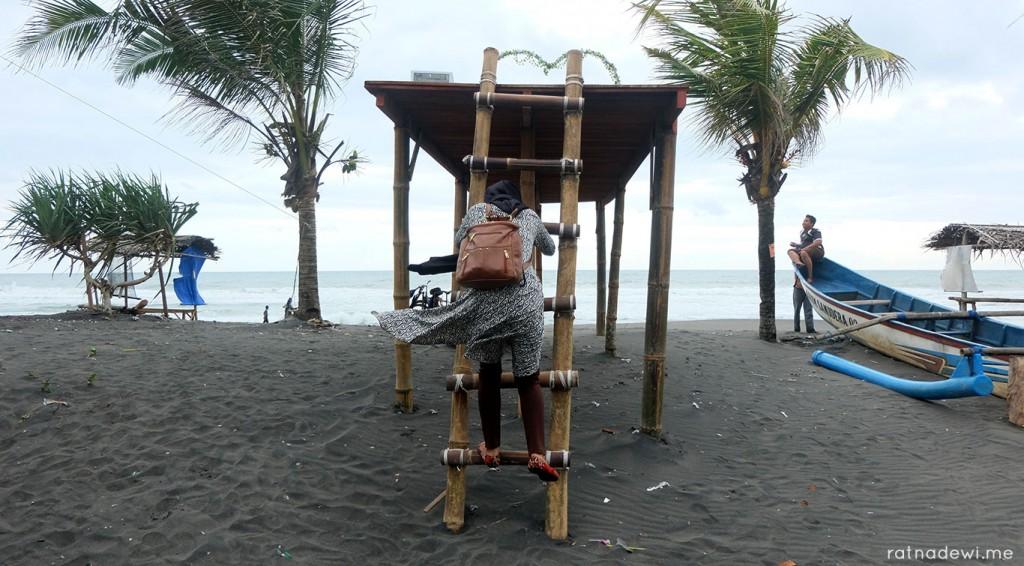 pantai-jetis-3