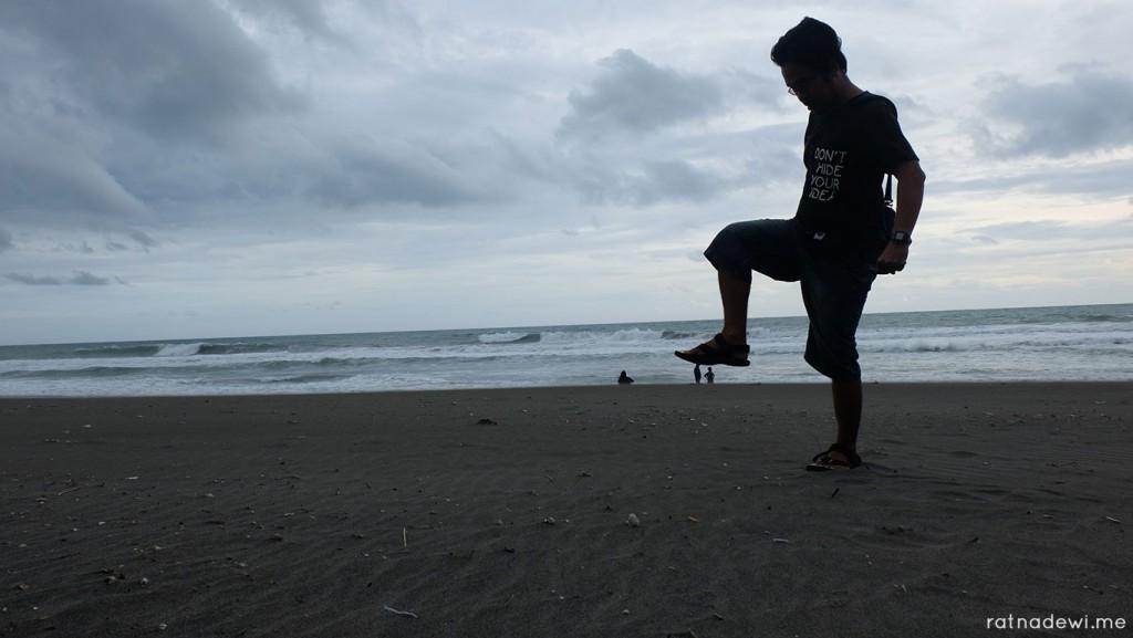 pantai-jetis-4