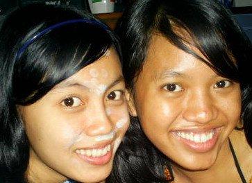 Saya (kanan) dengan muka jadul masa remaja, mukanya masih jerawatan dan berminyak