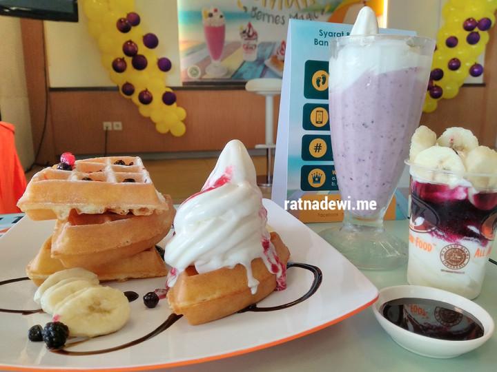 Banana Berries Magic, Menu Baru yang Menyegarkan di A&W Restaurants Indonesia