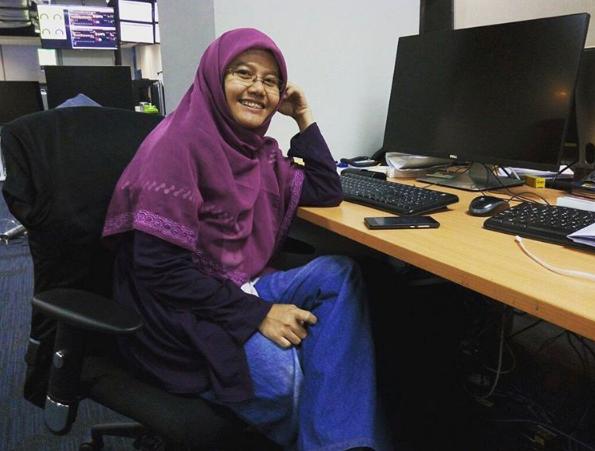 Mengenal April Hamsa, Momblogger di Balik Keluarga Hamsa