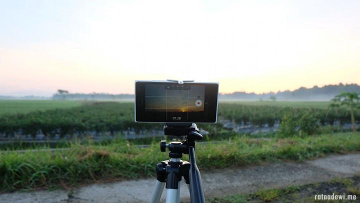 Vlogging Bebas Ribet dengan Alat dan Media Sederhana