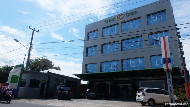 Menginap di Grand Orion Hotel, Hotel dengan Pemandangan Pantai Tanjung Pendam