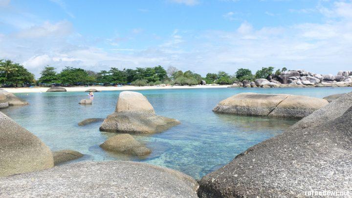 Warna-Warni Perjalanan ke Belitung (Part 2): Menerjang Badai saat Hoping Island