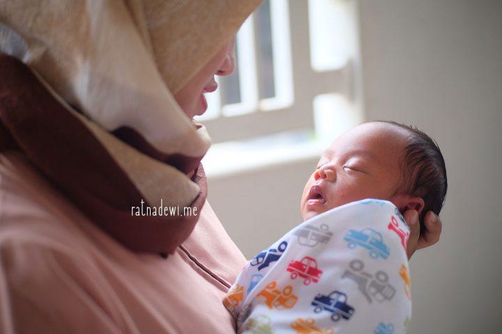 #CeritaIbu: Jungkir Balik Dunia Ibu Baru